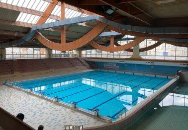 """Accès aux piscines pour les personnes dites """" prioritaires"""""""