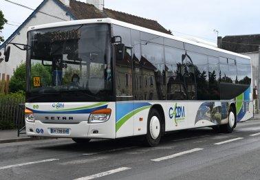 Des bus aux couleurs de la CA2BM