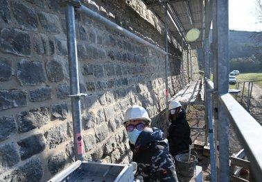 Une nouvelle phase de la restauration des remparts de Montreuil-sur-Mer est lancée